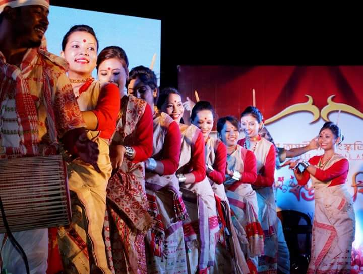 Assam's Bihu in Bengal - News Sense
